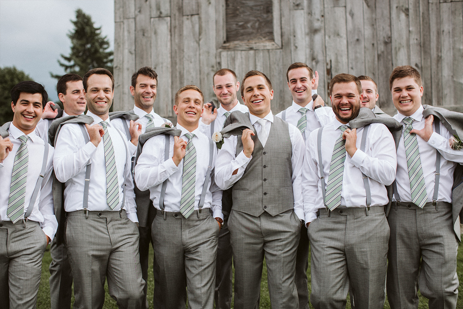 green-bay-wisconsin-groomsmen